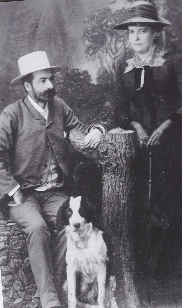 Ludvig og Amalie p tur med hund i 1889
