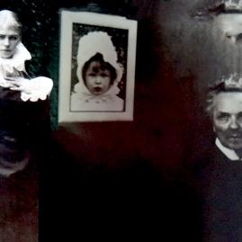 Siri, Anne-Marie og August Strindberg